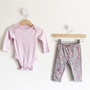 NWT 6-12M Girls LS Onesie & Pants